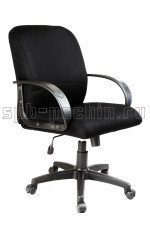 Мягкое и удобное черное офисное кресло КР-6