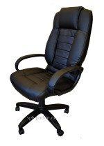 Стильное кресло руководителя КР-21 (2610) черного цвета