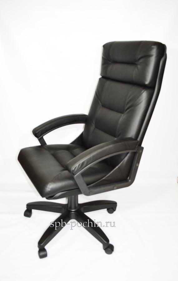 Кресло руководителя черного цвета