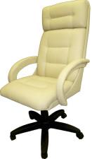 Кресло руководителя бежевое с мягкими локтями КР-7
