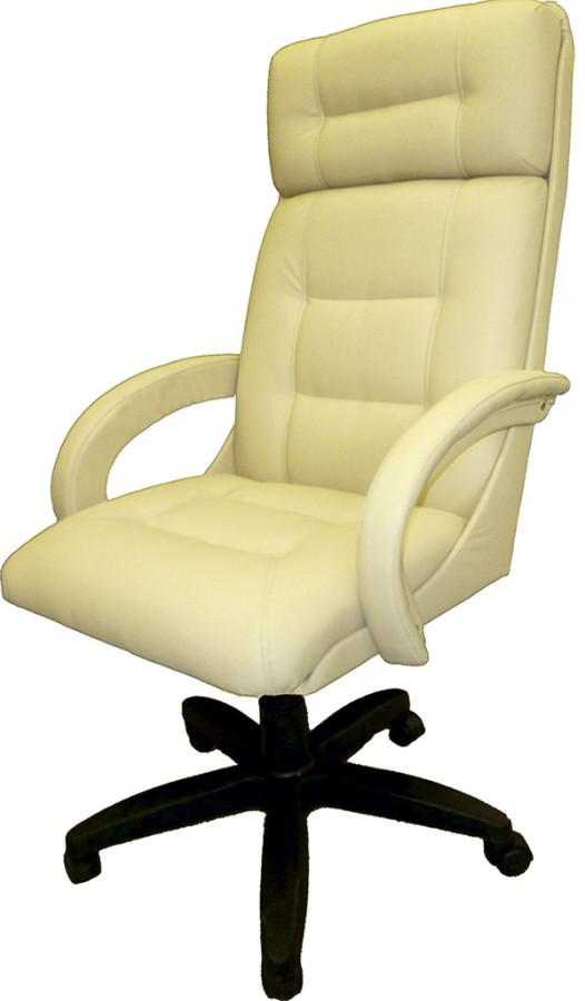 Кресло-руководителя-с-мягкими-локтями-КР-7-бежевое