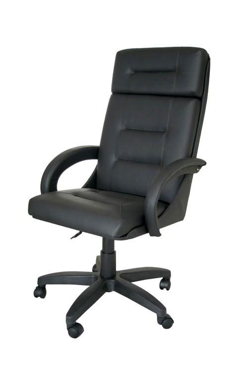 Черное офисное кресло руководителя КР-7