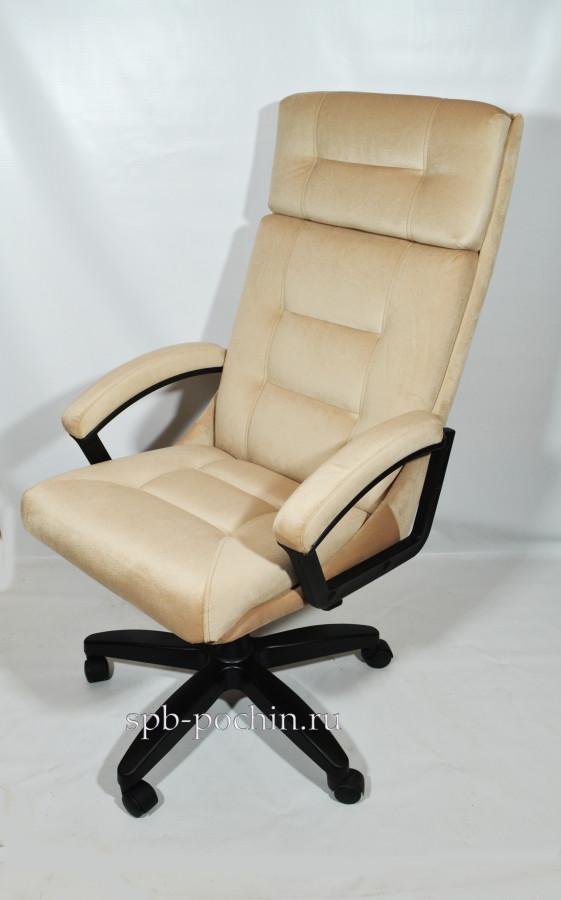 Стильное кресло руководителя КР-7