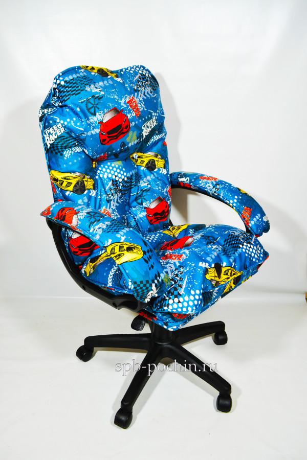 Мягкое удобное компьютерное кресло по доступной цене