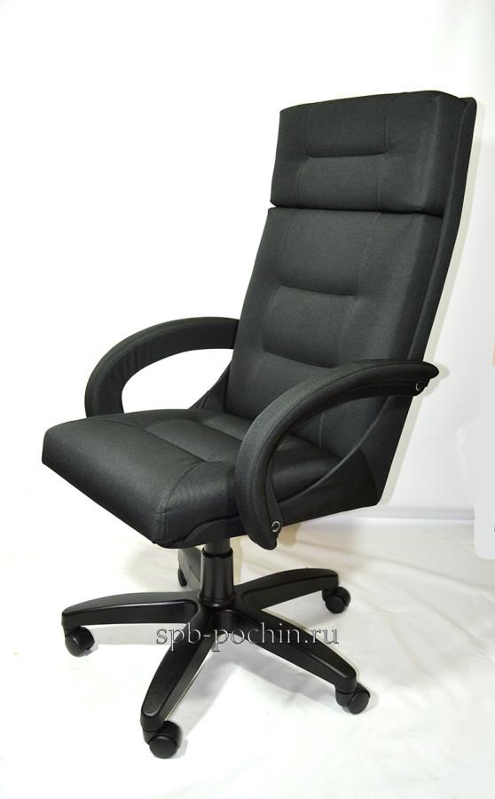 Черное кресло руководителя КР-7 ткань