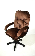 Мягкое удобное компьютерное кресло КР-29 велюр шоколад