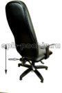Кресло с откидывающейся спинкой